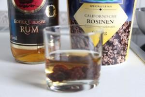 Rosinen and rum