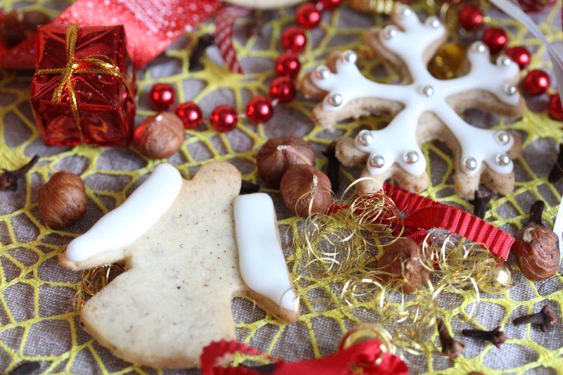 haselnuss-weihnachtsplaetzchen
