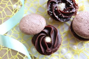Macarons Chocolat et Noix de Coco