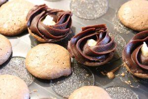 Macarons Füllung mit Kokosnuss und Schokolade 2