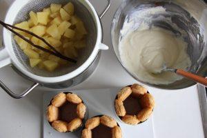 Creme und Apfel Schichten
