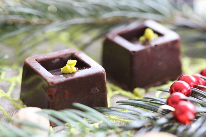 Praline a la mousse de pistache 3